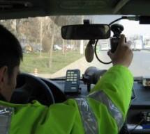 Tânăr din Beiuș, prins conducând cu 116 km/h în localitate