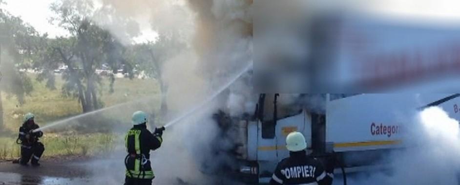 Incendiu la un autotren încărcat cu cereale, în Biharia
