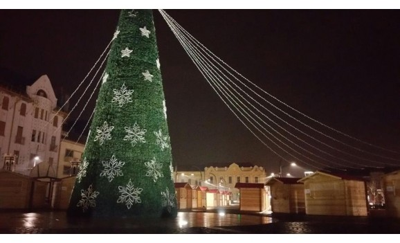 Oradea: Târgul de Crăciun se deschide azi, la ora 18