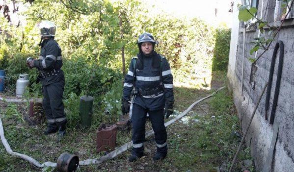 Incendiu în Aleșd. Un bătrân de 73 de ani a suferit arsuri de gradul II