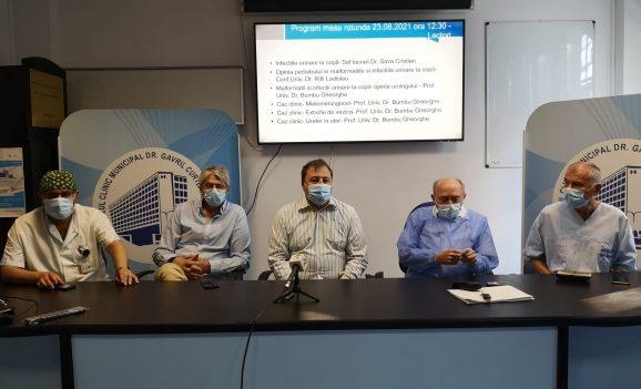 """Operație în premieră la Spitalul Municipal """"Dr Gavril Curteanu"""" din Oradea"""